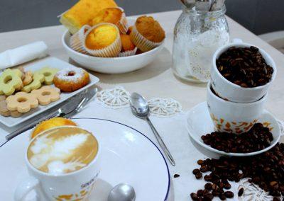 cafe-con-leche-variedad-pastas