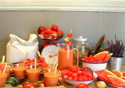 smoothie-rojo-frutas-y-verduras