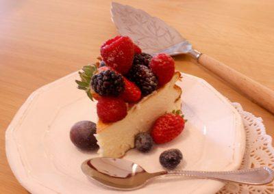 tarta-de-queso-con-frutos-rojos