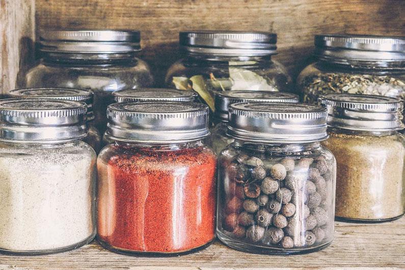 Las especias envasadas, los suplementos idoneos para tus comidas