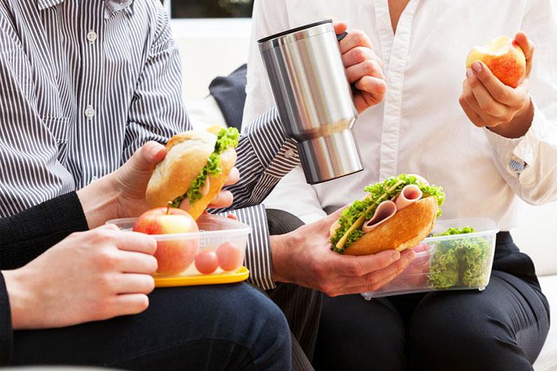 Algunas ideas alimenticias para llevar en el trabajo o en la escuela