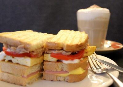 S.8.3.Sandwich Carlota