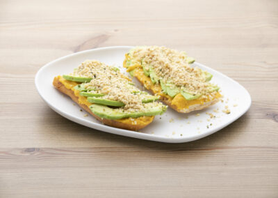Tosta aguacates